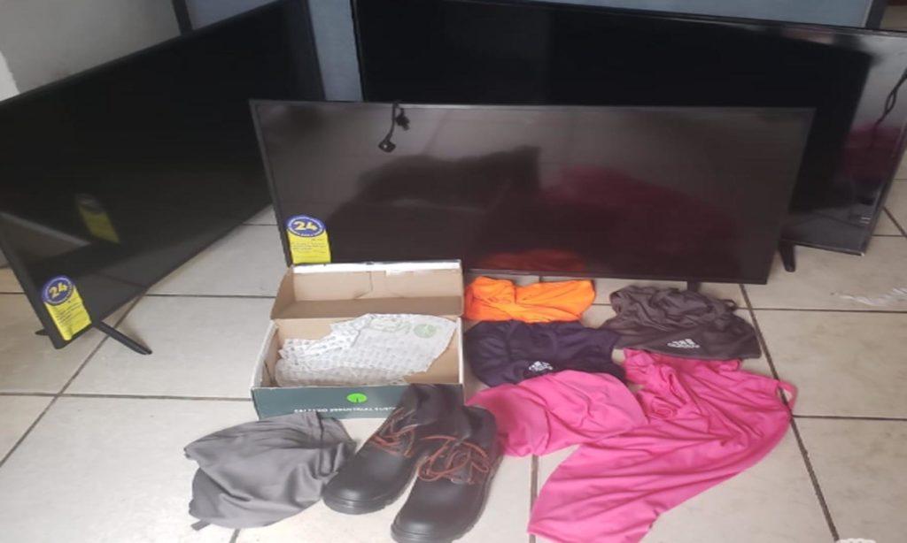 Policía Estatal y Municipal detienen a cinco por robo a negocio en Texmelucan