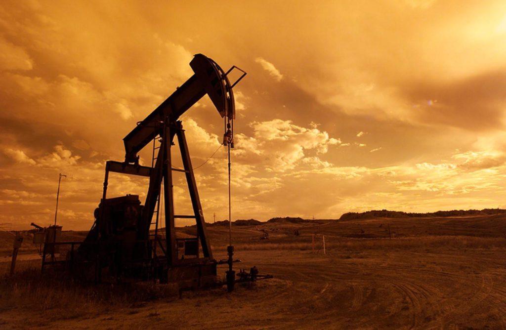 Hidrocarburos tendrán la última palabra en la economía mundial: especialista