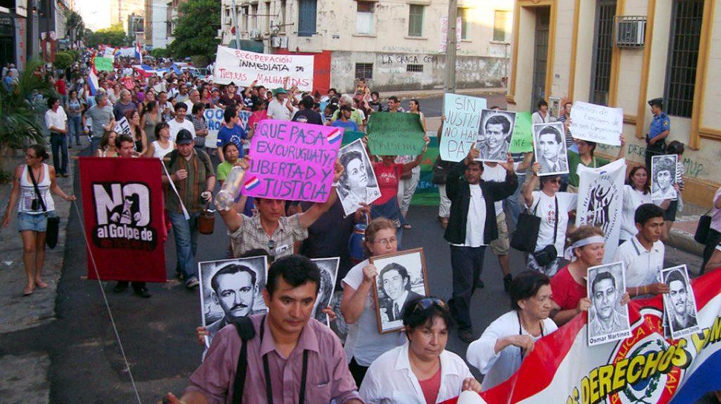 """""""Políticas públicas son asistencialistas y no protegen derechos humanos"""": académicos"""