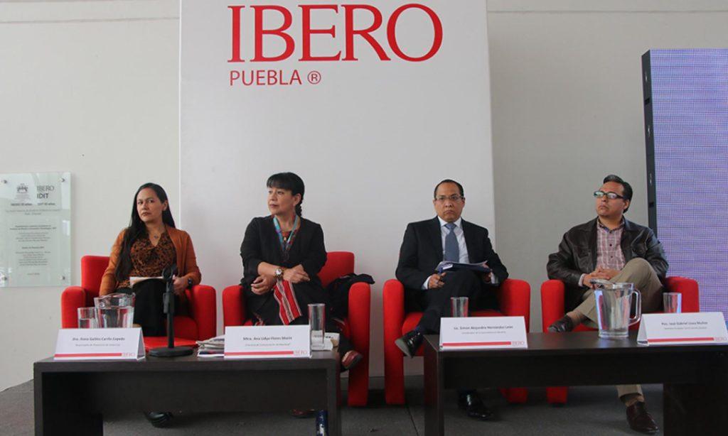 """""""Despidos injustificados y reducción unilateral de salarios son ilegales"""": académico IBERO Puebla"""
