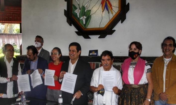 Empresarios signan convenio para el Rescate Turístico y Económico de Atlixco