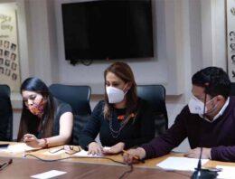Congreso del Estado entabla diálogo con organizaciones feministas
