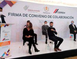 Sergio Salomón firma convenio con CEMEX y Gobierno del Estado para fortalecer infraestructura de Tepeaca