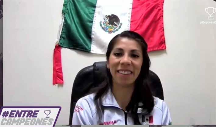 El karate te impulsa a vencer tus miedos: Merillela Arreola