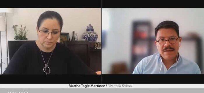 Funcionarios deben rendir cuentas a ciudadanía, no a sus partidos: Martha Tagle