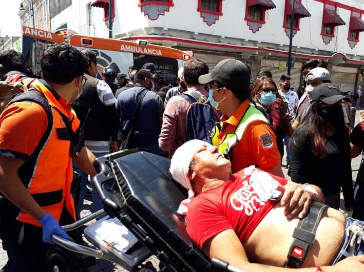 Control del mercado y cobro de piso desata violencia entre ambulantes en el Centro Histórico