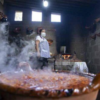 Cocineras de Calpan finalistas de concurso nacional