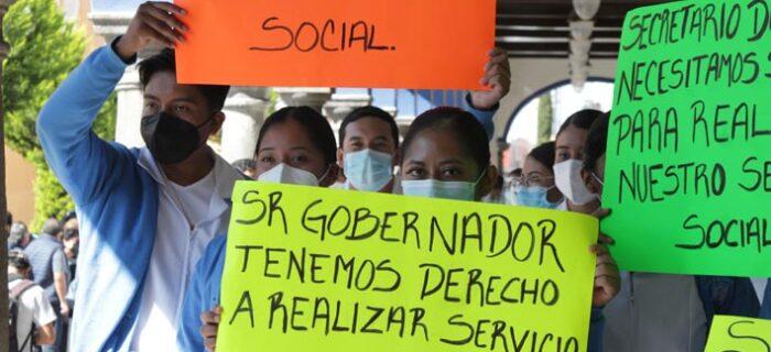 Nadie contrata enfermeras sin título, protestas en la SSA