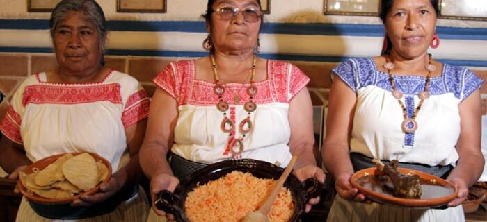 San Lucas Atzala ofrece su mejor Mole Poblano