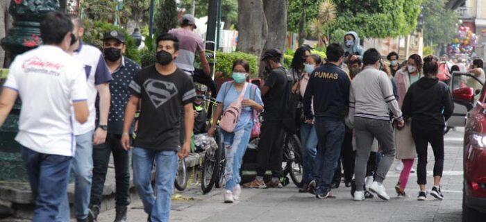 Meseta de contagios por COVID-19 es alta, pero con tendencia a la baja en Puebla
