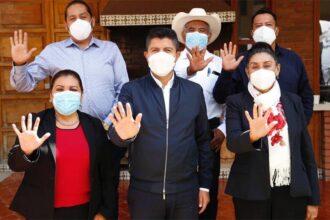 Eduardo Rivera Pérez se reúne con alcaldes electos y dirigencia de compromiso por puebla