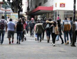 Cierra Puebla semana con tendencia a la baja en casos de COVID-19